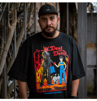 CAMISETA BIG CHEMICAL DEAL WITH THE DEVIL (PRETO)