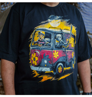 CAMISETA BIG CHEMICAL KOMBI HORROR (PRETO)