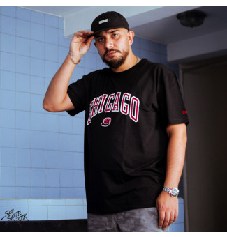 Camiseta New Era BIG Cap Chibul (Preto)